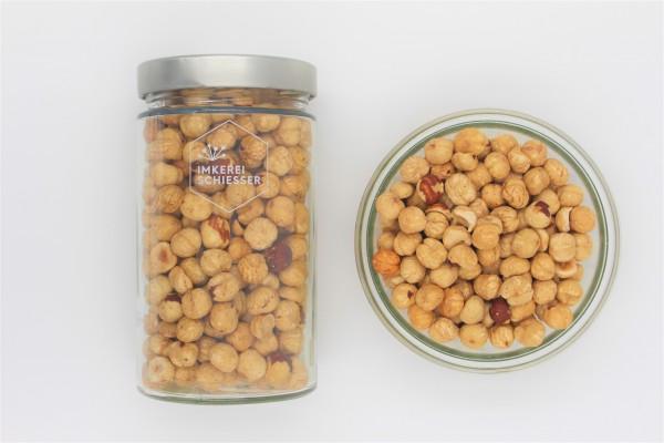 Bio Haselnüsse (ganz, geröstet, blanchiert)